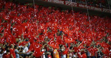 Landslaget tillbaka i Istanbul