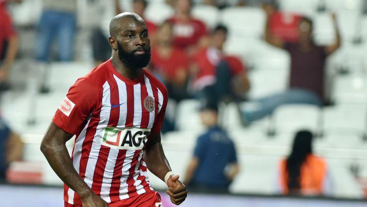 Anfallare lämnar Antalyaspor